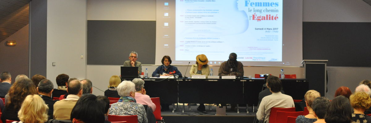 "Colloque ""Femmes, le long chemin de l"